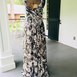 JS Collections Gown